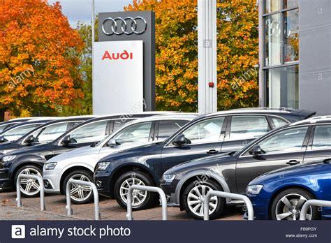 autos zum verkauf autohaus audi h 228 ndler autokennzeichen mit autos zum verkauf au 223 erhalb autohaus am vorplatz essex