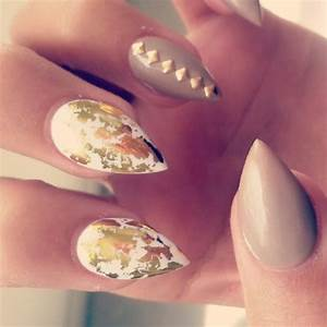 31+ Black And Gold Nail Designs Tumblr - Related Nails