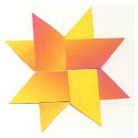 sterne basteln mit kindern einfache sterne aus regenbogenpapier
