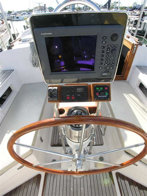 Buy Boat Electronics by Slocum 43 World Cruiser 1985 For Sale By Jan Guthrie Yacht