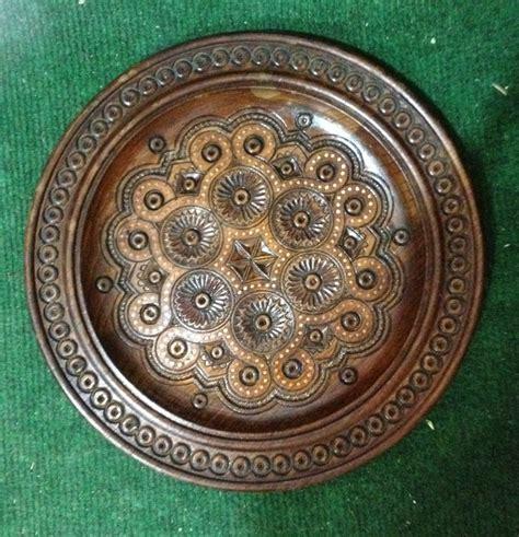 Декоративна дерев'яна тарілка на стіну від виробника ...