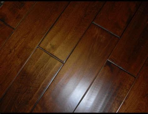 High Quality Laminate Floors  Wood And Limanate Floors