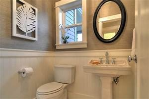 The absolute beginner39s guide to grasscloth wallpaper for Grasscloth wallpaper in bathroom