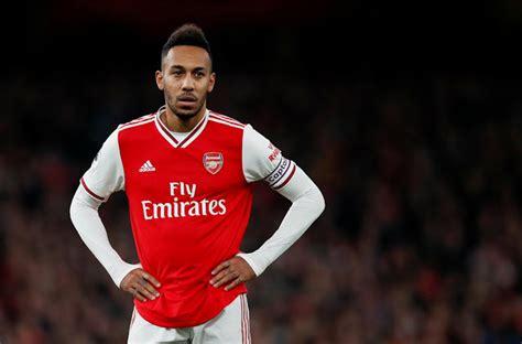 Aubameyang set to sign new Arsenal deal