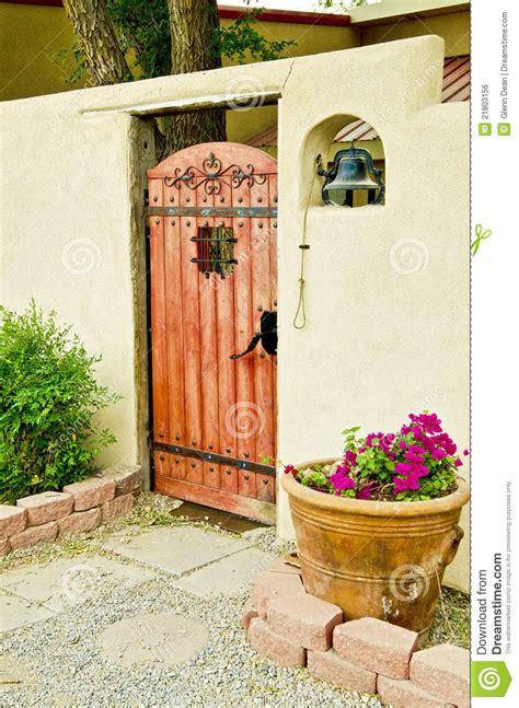 gateway  spanish courtyard royalty  stock image image