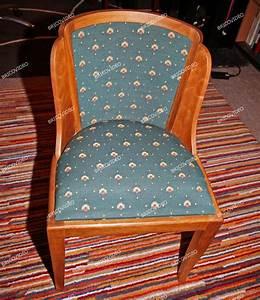 Tissu Pour Chaise : bricolage restauration d 39 une chaise en bois refaire assise dossier et pose du tissu ~ Teatrodelosmanantiales.com Idées de Décoration