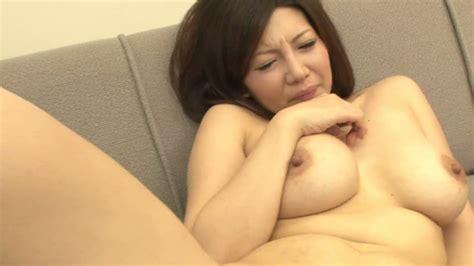 busty japanese chick sayuri mikami gives great blowjob and