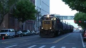 Train Csx2652  Going Through Downtown Tampa