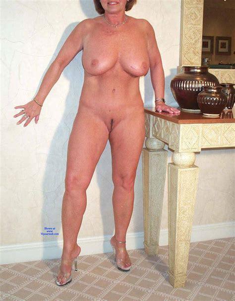 Domino Posing Naked Again April Voyeur Web