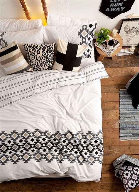 Say Hello To Typo Bed Linen  Melbourne Girl