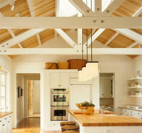 cuisine bois et cuisine blanche et bois le mariage parfait pour une