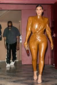 fashion  fotos der kleider von kim kardashian galade