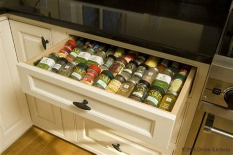 In Drawer Spice Rack by 10 Spice Organization Tips