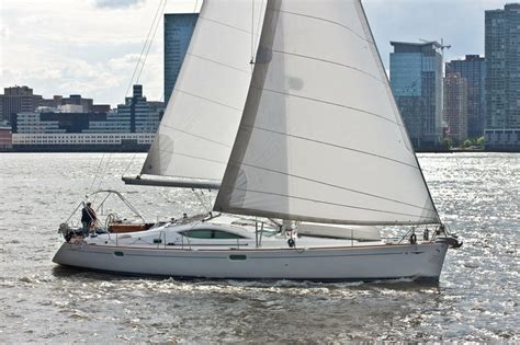 Sailing Boat Nyc by New York Boat And Yacht Rentals