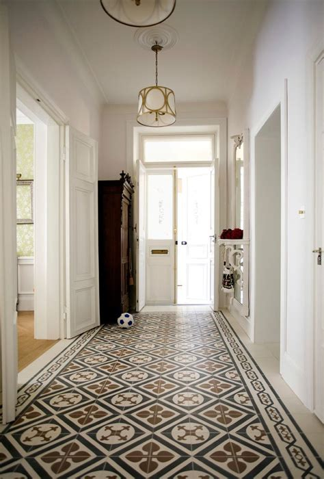 rug hooking patterns with traditional entry and hallway