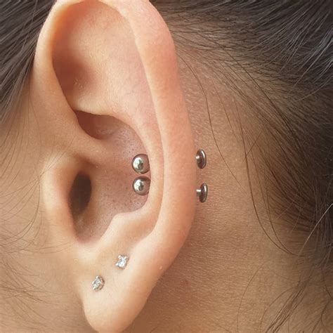 Conch Piercing 101: Pain, Types And Conch Piercing Healing ...