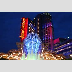 Niagara Falls Casinos  The Gaming & Resort Facilities In