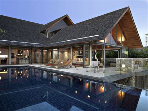 modern house thailand villa in thailand combining asian furnishings with a high comfort level freshome com