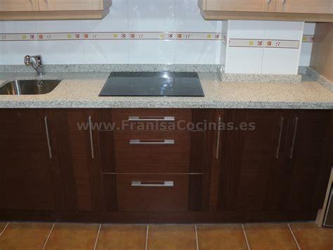 muebles de cocina tablero marino wengue  roble pr
