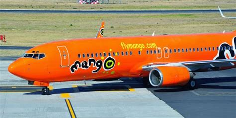 Minimal flight time from cape town to johannesburg 1h 55m. Download Panel falls off Mango Boeing during Cape Town ...