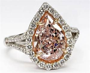 All you need to know about colored diamonds weddingelation for Colored diamond wedding ring