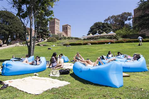 Hammock Rentals by Students Able To Hang Out On Cus With Hammock Blanket