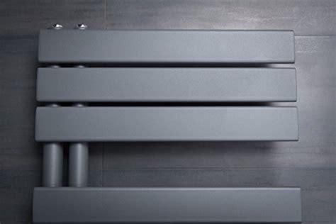 designer handtuchheizkoerper badheizkoerper xmm grau