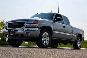 2004 Gmc Sierra 1500 - Information And Photos
