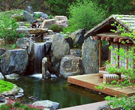 Wassereinrichtung Im Innenrauminneneinrichtung Mit Wasser Und Pflanzen by Gartenteich Anlegen Ideen F 252 R Eine Kreative Gartengestaltung