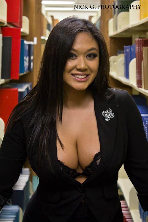 Asian Dii Female Model Profile - Northridge, California ...