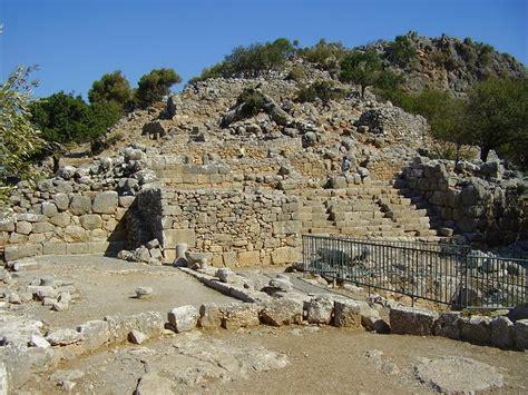 creteprivatetours.com - Archaeological Site of Lato