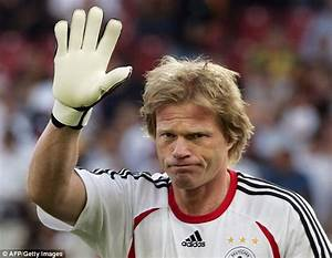 I could have joined Manchester United, says Oliver Kahn ...