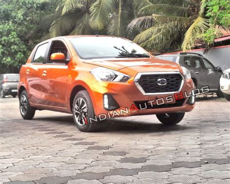 Datsun Go Hd Picture by Datsun Go And Go Facelifts Spotted At Dealership Ahead