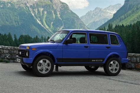 lada 4x4 kaufen lada 4x4 f 252 nft 252 rer daten infos marktstart preis auto motor und sport