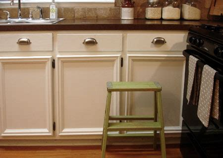 add trim to kitchen cabinet doors home dzine kitchen add moulding and trim to cabinets 9002