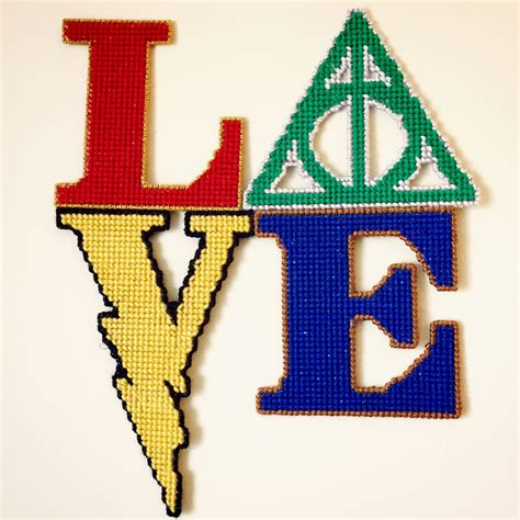 harry potter house colors harry potter inspired plastic canvas project in the