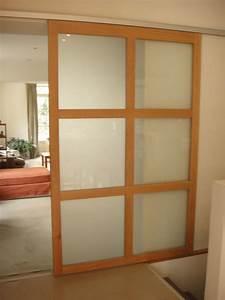 Porte coulissante vitree for Porte de garage et porte coulissante bois vitrée