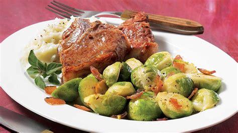 cuisiner le choux de bruxelle choux de bruxelles à la pancetta recettes iga légumes