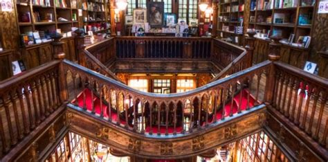 Beautiful Bookstore in Porto   Lello & Irmão Bookstore   Local Porto