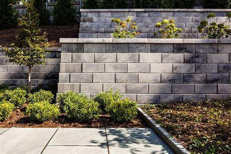 force garden  retaining walls techo bloc
