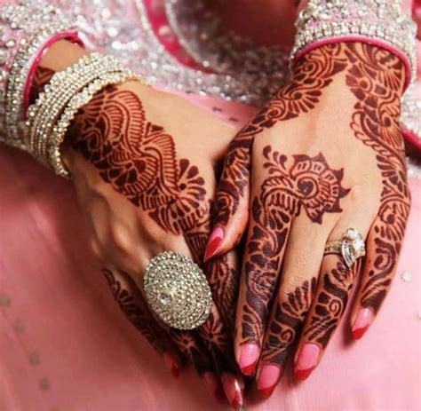 20 Beautiful Mehndi Designs for Wedding 2017 - SheIdeas