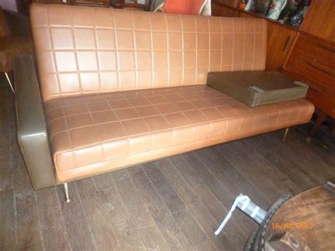 canap skai salon vintage skai canape 2 fauteuils 1960 luckyfind