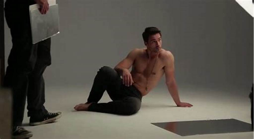 #Brett #Dalton #Shirtless #People'S #Sexiest #Man #Alive