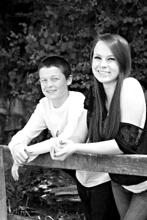 Brother Sister Pics Brother Sister Photos Sibling