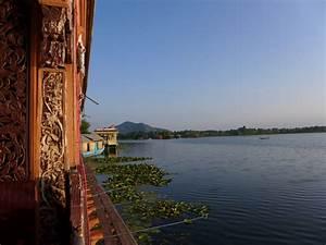 Wohnen Auf Dem Hausboot : wohnen auf dem hausboot in srinagar kashmir indien bocks schwarzes brett ~ Markanthonyermac.com Haus und Dekorationen