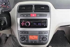 Fiat Grande Punto Radio : radioblende 1 din fiat grande punto fiat radioblenden ~ Jslefanu.com Haus und Dekorationen