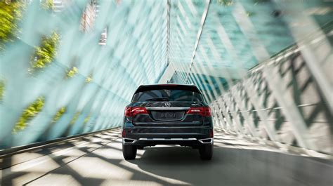 explore  robust array   acura mdx technology features