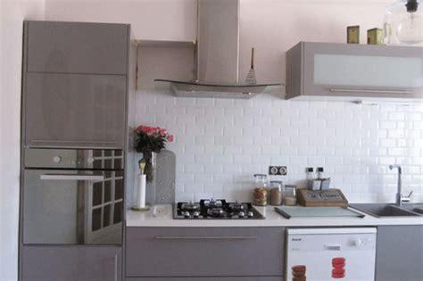 cuisine faience metro photo cuisine avec carrelage metro maison design bahbe com