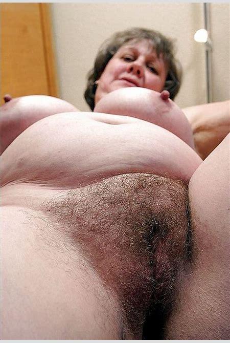 Granny Cute XXX Pics and Mature sex - Amateur sexy lady nude fat tits