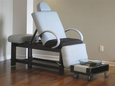 Portable Pedicure Chairs Canada by Nomad Pedi Spa Bed All In One For